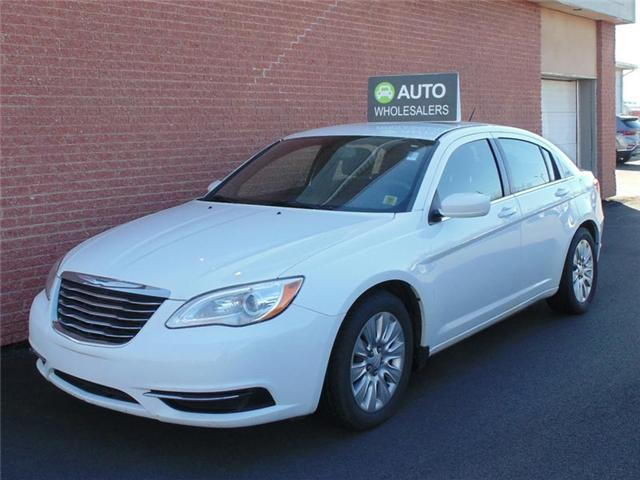 2013 Chrysler 200 LX (Stk: N256TA) in Charlottetown - Image 1 of 6