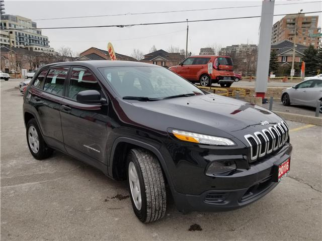 2016 Jeep Cherokee Sport (Stk: 6398A) in Richmond Hill - Image 7 of 21