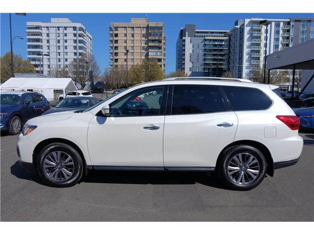2018 Nissan Pathfinder SV Tech (Stk: 304451A) in Victoria - Image 5 of 21