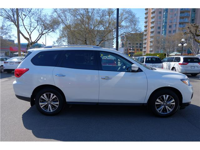 2018 Nissan Pathfinder SV Tech (Stk: 304451A) in Victoria - Image 9 of 21