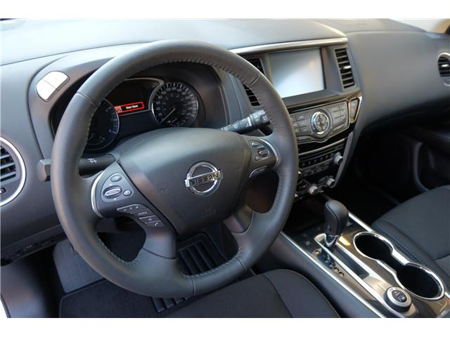 2018 Nissan Pathfinder SV Tech (Stk: 304451A) in Victoria - Image 13 of 21