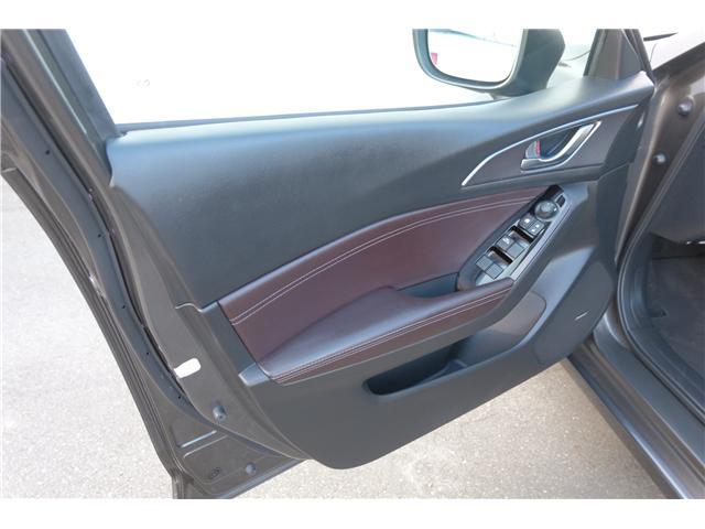 2017 Mazda Mazda3 GT (Stk: 7886A) in Victoria - Image 12 of 28