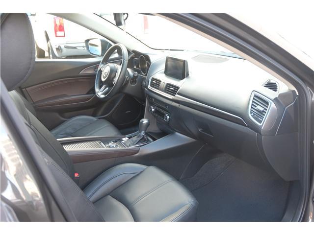 2017 Mazda Mazda3 GT (Stk: 7886A) in Victoria - Image 22 of 28