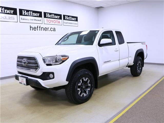 2017 Toyota Tacoma SR5 (Stk: 195212) in Kitchener - Image 1 of 30