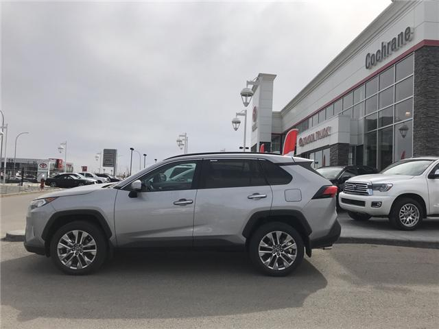 2019 Toyota RAV4 Limited (Stk: 190216) in Cochrane - Image 2 of 15