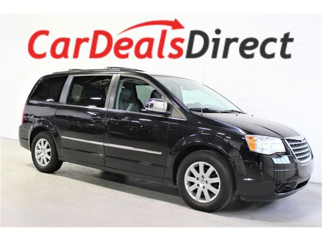 2010 Chrysler Town & Country Touring (Stk: 217838) in Vaughan - Image 1 of 29