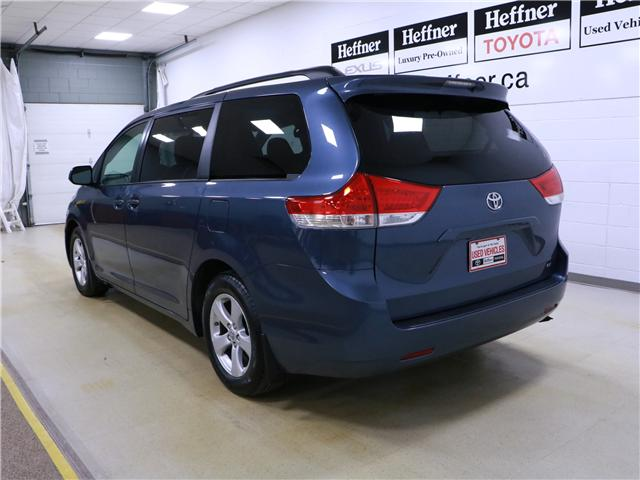 2014 Toyota Sienna LE 8 Passenger (Stk: 195203) in Kitchener - Image 2 of 31
