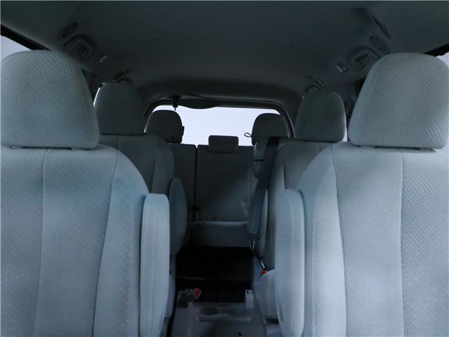 2014 Toyota Sienna LE 8 Passenger (Stk: 195203) in Kitchener - Image 17 of 31