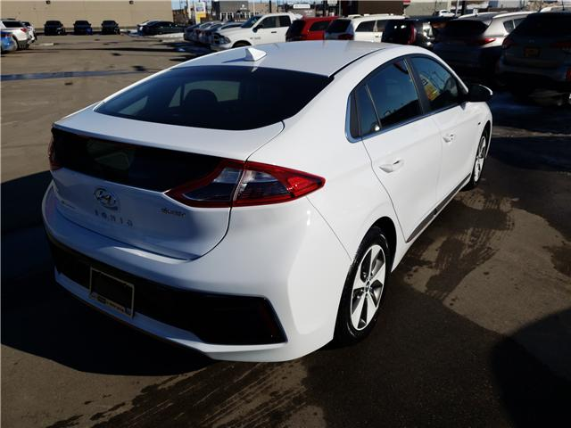 2019 Hyundai Ioniq EV Preferred (Stk: 29129) in Saskatoon - Image 4 of 17