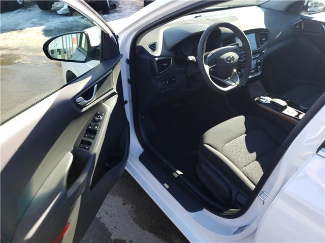 2019 Hyundai Ioniq EV Preferred (Stk: 29129) in Saskatoon - Image 7 of 17