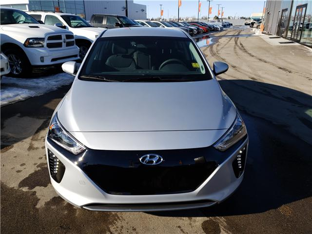 2019 Hyundai Ioniq EV Preferred (Stk: 29139) in Saskatoon - Image 2 of 18