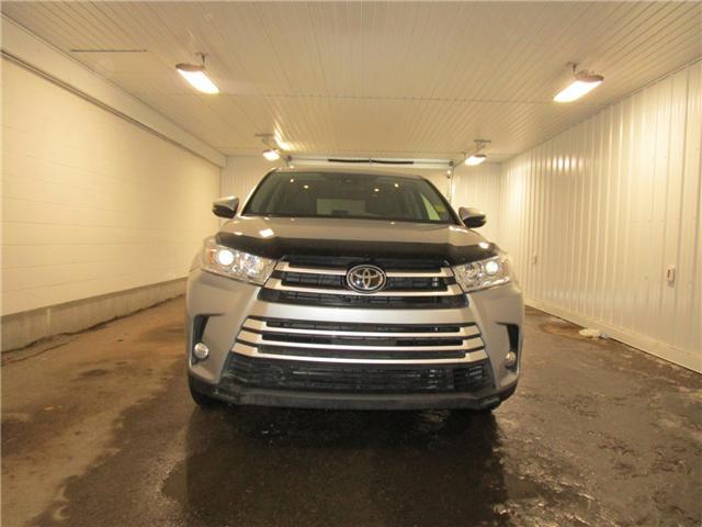 2017 Toyota Highlander LE (Stk: 127080  ) in Regina - Image 2 of 31