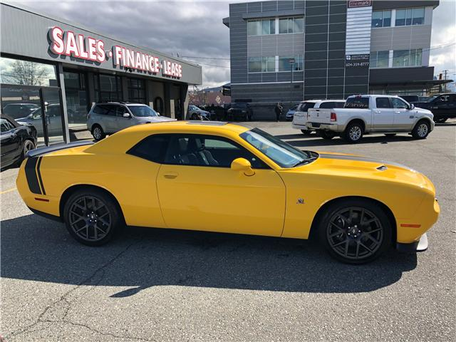 2017 Dodge Challenger R/T 392 (Stk: 17-589191) in Abbotsford - Image 5 of 16