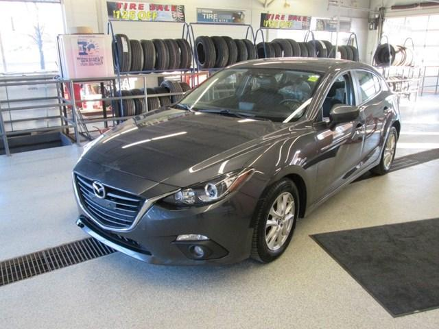 2015 Mazda Mazda3 GS (Stk: 203642) in Gloucester - Image 1 of 13