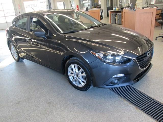 2015 Mazda Mazda3 GS (Stk: 203642) in Gloucester - Image 7 of 13