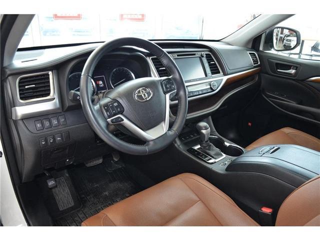 2017 Toyota Highlander  (Stk: 386910A) in Milton - Image 14 of 45