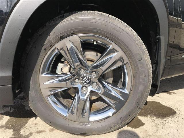 2019 Toyota Highlander LIMITED V6 ALLOYS, SUNROONF, NAVI, PANO ROOF, SAFE (Stk: 43732A) in Brampton - Image 2 of 29