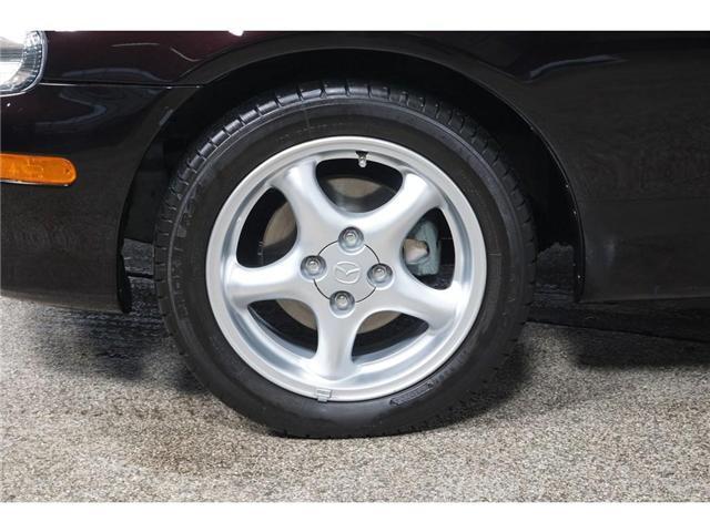 2004 Mazda MX-5 Miata GX (Stk: U7189) in Laval - Image 5 of 21