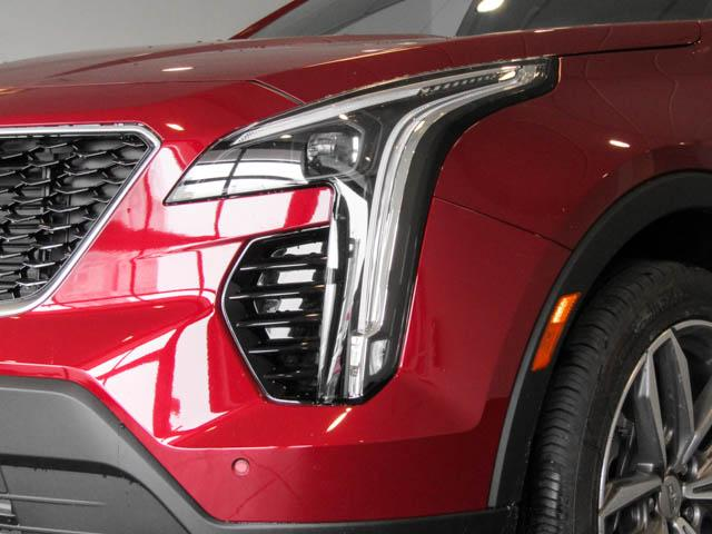 2019 Cadillac XT4 Sport (Stk: C9-66100) in Burnaby - Image 11 of 24