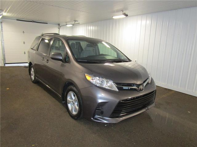 2019 Toyota Sienna LE 8-Passenger (Stk: F170626) in Regina - Image 7 of 38