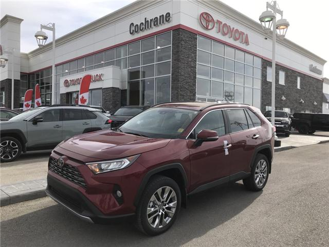 2019 Toyota RAV4 Limited (Stk: 190242) in Cochrane - Image 1 of 14