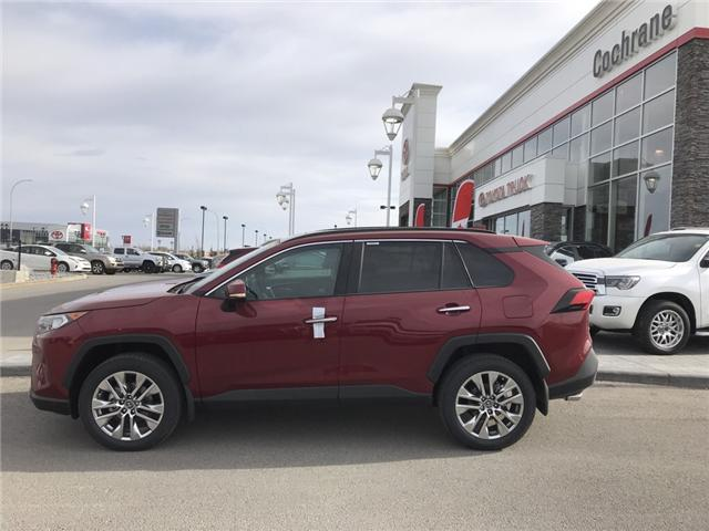 2019 Toyota RAV4 Limited (Stk: 190242) in Cochrane - Image 2 of 14
