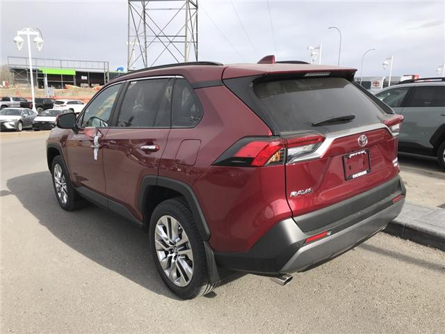 2019 Toyota RAV4 Limited (Stk: 190242) in Cochrane - Image 3 of 14
