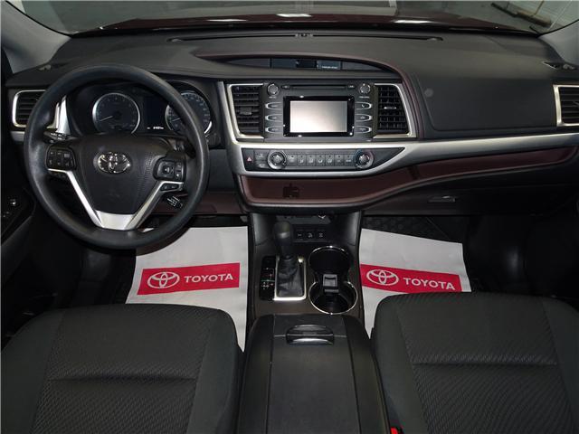 2018 Toyota Highlander LE (Stk: 36111U) in Markham - Image 12 of 24