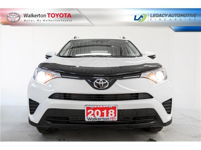 2018 Toyota RAV4 LE (Stk: P8052) in Kincardine - Image 2 of 20