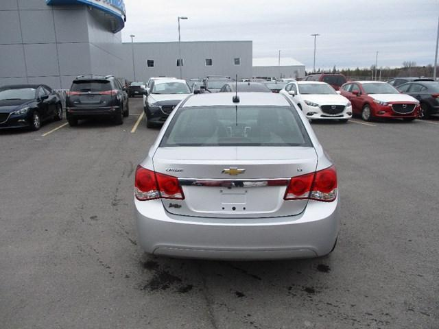 2016 Chevrolet Cruze Limited 1LT (Stk: 2082A) in Ottawa - Image 5 of 20