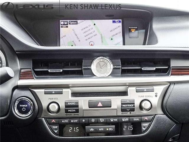 2016 Lexus ES 300h Base (Stk: 16048A) in Toronto - Image 13 of 20