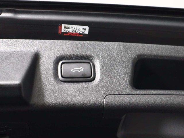 2019 Hyundai Santa Fe Luxury (Stk: 119-062) in Huntsville - Image 12 of 36