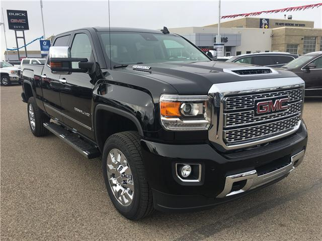 2019 GMC Sierra 2500HD Denali (Stk: 173429) in Medicine Hat - Image 1 of 29