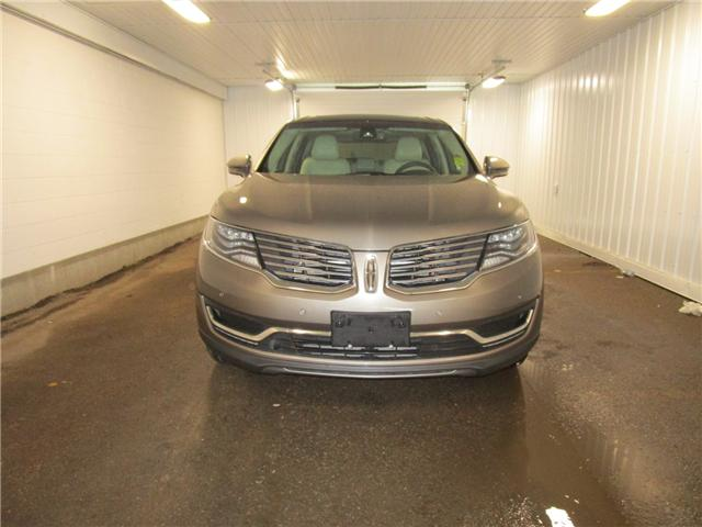 2017 Lincoln MKX Reserve (Stk: F170615 ) in Regina - Image 2 of 33