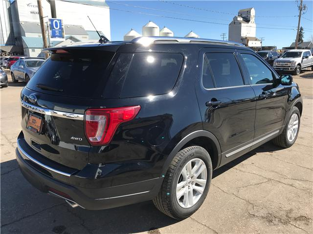 2018 Ford Explorer XLT (Stk: 9U007) in Wilkie - Image 2 of 24