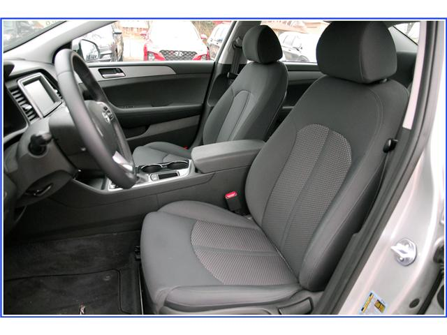 2019 Hyundai Sonata ESSENTIAL (Stk: OP3860R) in Kitchener - Image 4 of 10