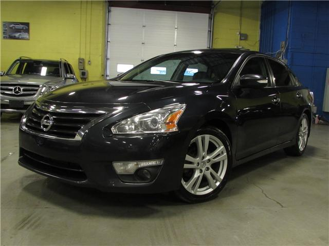 2013 Nissan Altima 3.5 SL (Stk: F452) in North York - Image 1 of 22