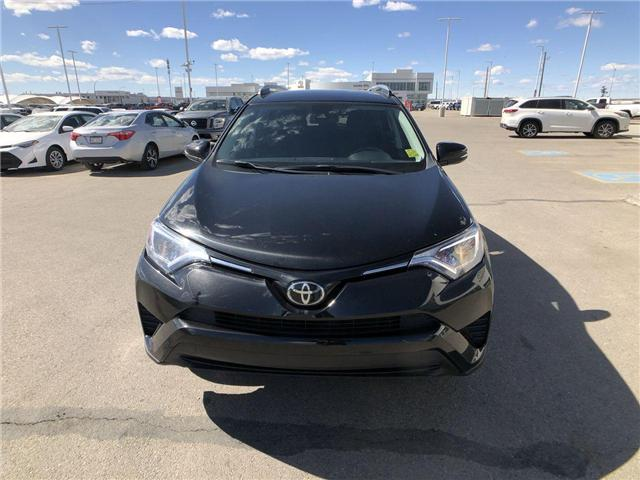 2018 Toyota RAV4  (Stk: 294032) in Calgary - Image 2 of 16