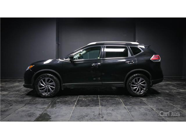 2016 Nissan Rogue SL Premium (Stk: CT19-142) in Kingston - Image 1 of 38