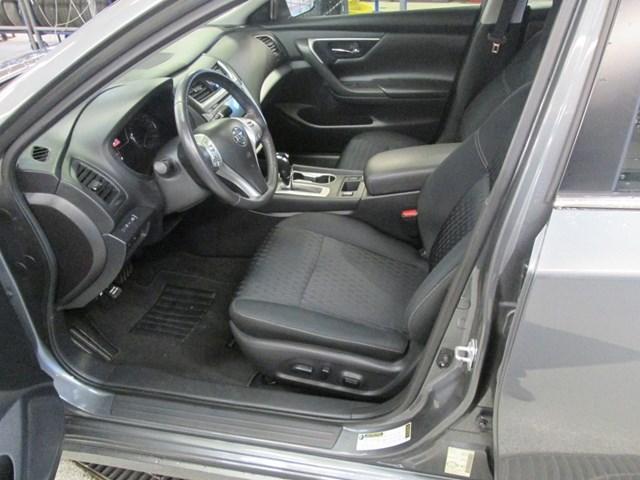 2017 Nissan Altima 2.5 SV (Stk: M2617) in Gloucester - Image 14 of 20