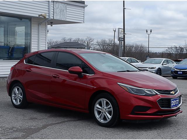 2017 Chevrolet Cruze Hatch LT Auto (Stk: 19283A) in Peterborough - Image 9 of 19