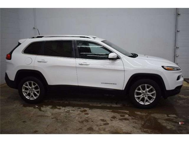 2016 Jeep Cherokee NORTH 4X4 - HTD SEATS * HTD STEERING * SUNROOF (Stk: B3654) in Cornwall - Image 1 of 30