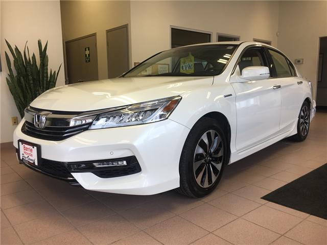 2017 Honda Accord Hybrid Touring (Stk: U17030) in Barrie - Image 1 of 15