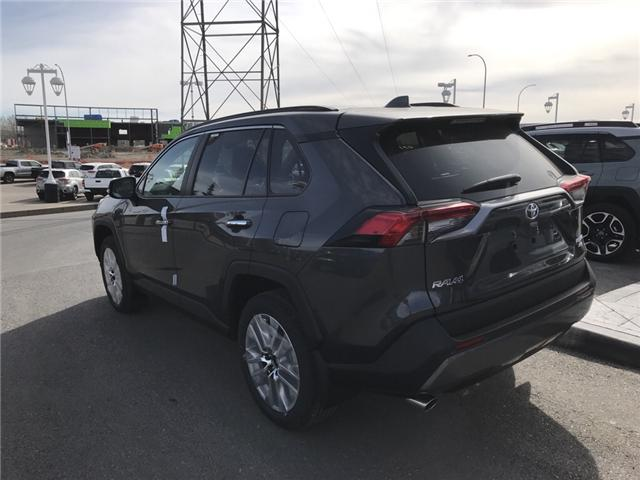 2019 Toyota RAV4 Limited (Stk: 190244) in Cochrane - Image 3 of 14