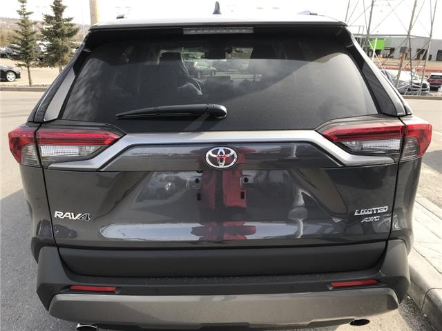 2019 Toyota RAV4 Limited (Stk: 190244) in Cochrane - Image 4 of 14
