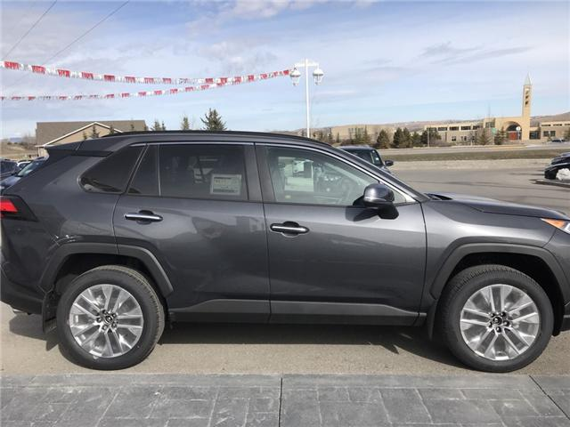 2019 Toyota RAV4 Limited (Stk: 190244) in Cochrane - Image 6 of 14