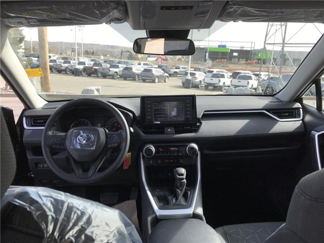 2019 Toyota RAV4 LE (Stk: 190215) in Cochrane - Image 14 of 14