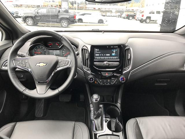 2018 Chevrolet Cruze Premier Auto (Stk: 972150) in North Vancouver - Image 11 of 28