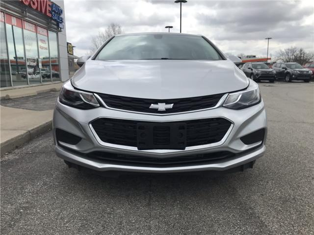 2017 Chevrolet Cruze Hatch LT Auto (Stk: HS581888) in Sarnia - Image 2 of 26