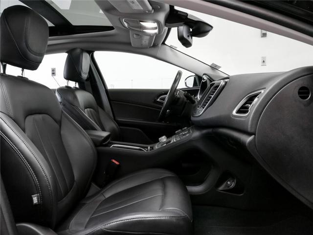 2016 Chrysler 200 C (Stk: 9-6068-0) in Burnaby - Image 12 of 23